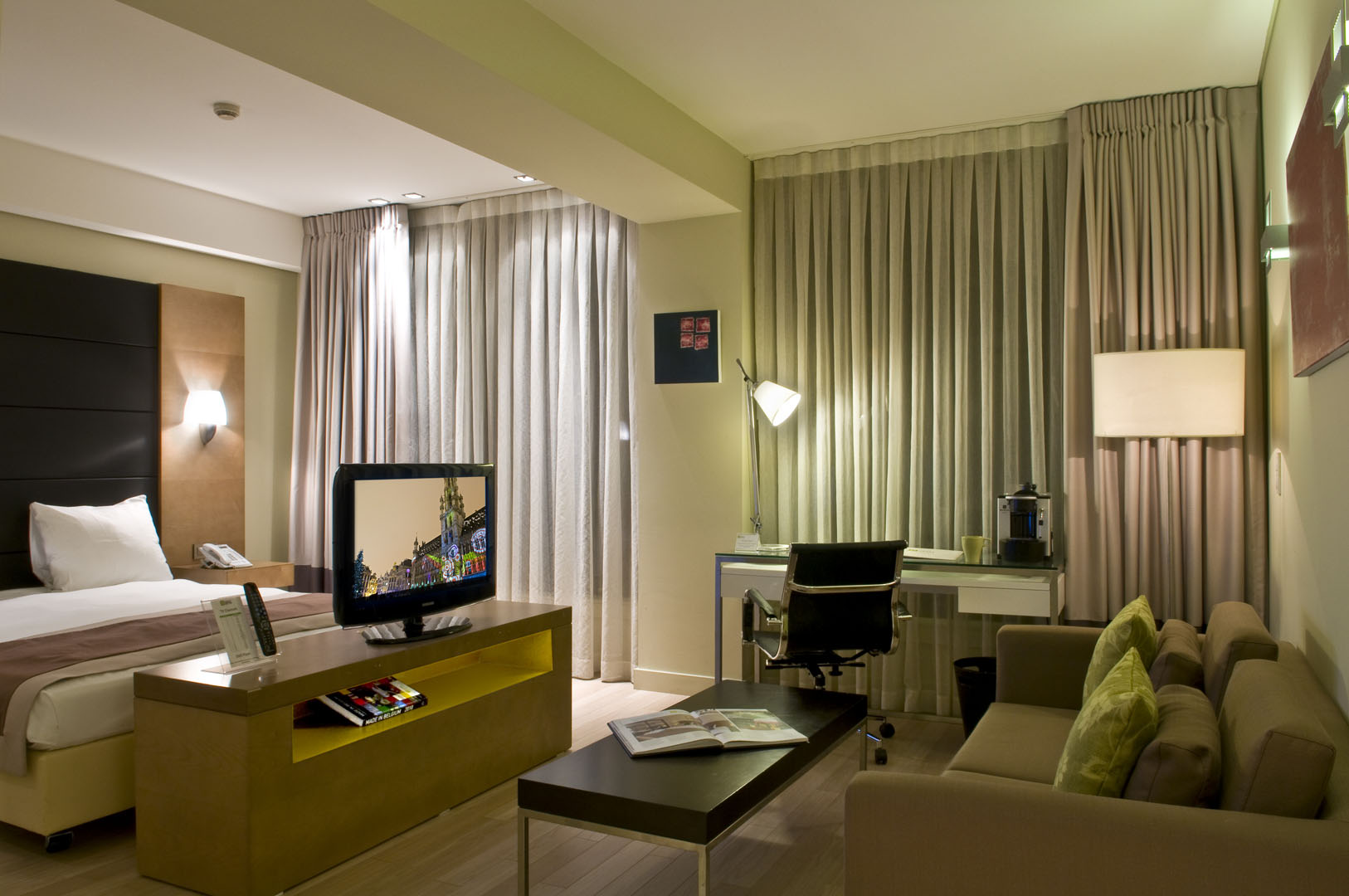 104/Grand-Place/GP Luxury room 4.jpg
