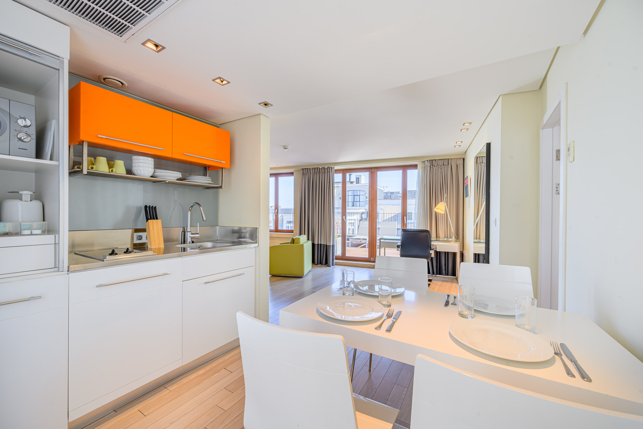 104/Grand-Place/Grand-Place (new 2019)/BAparthotels_Grand_Place_Penthouse_Kitchen_1_LD.jpg